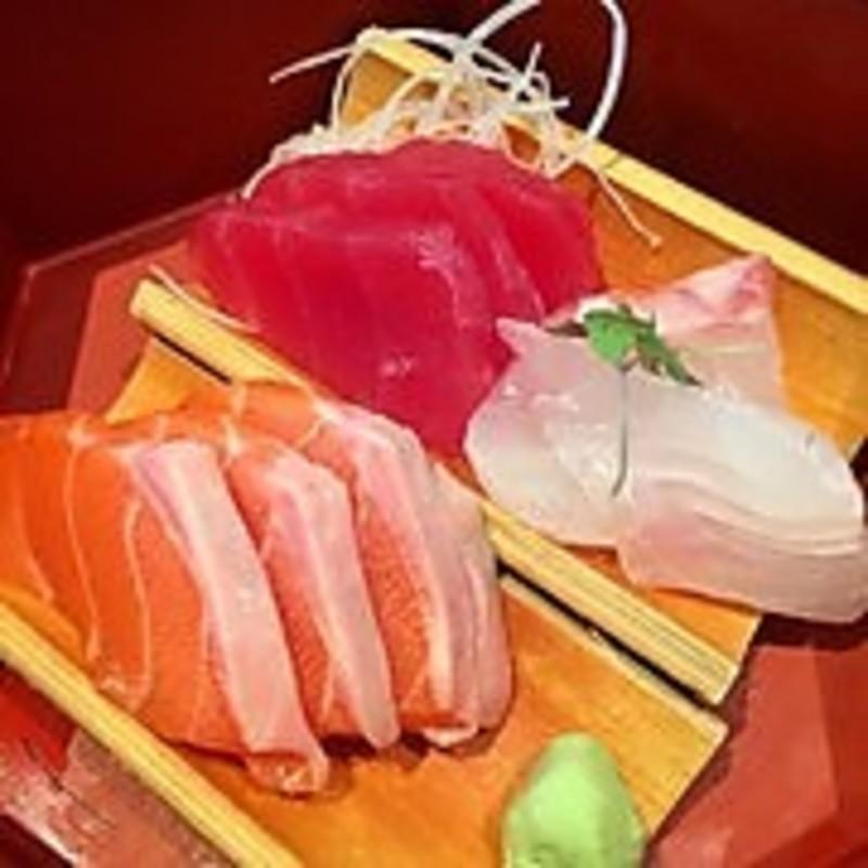 Sushi Shop in Melbourne's Trendy Inner West - Ref: 13010