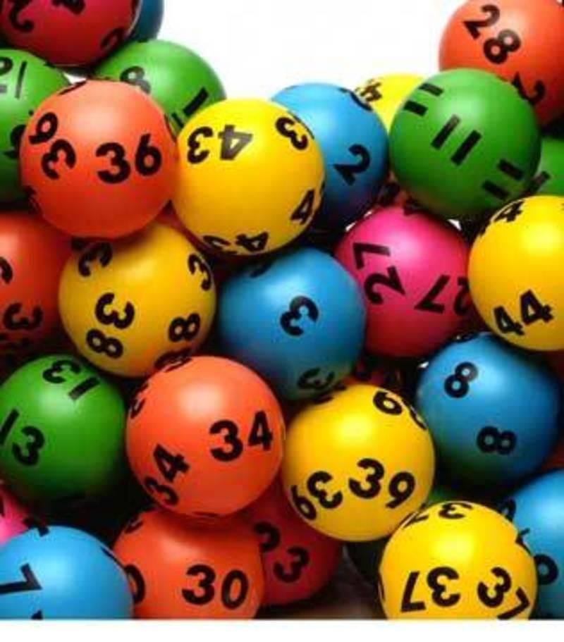 Lotto and News Near Balwyn - Ref: 17807