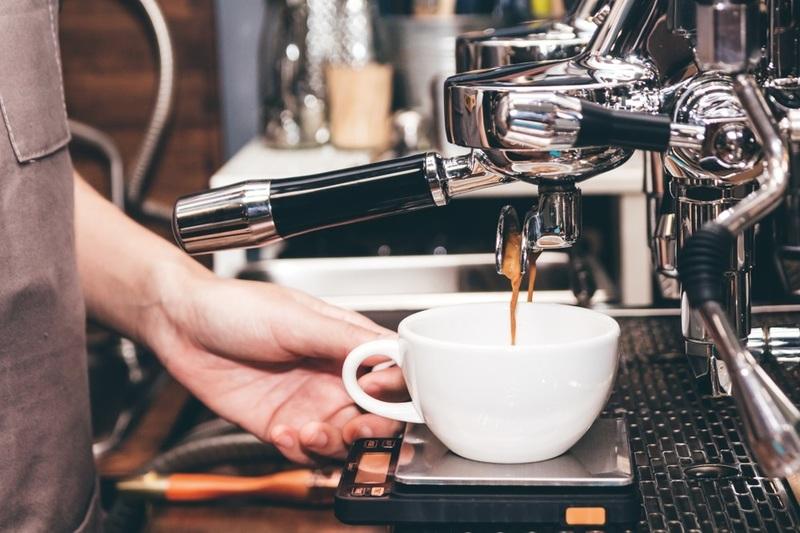 Melbourne CBD Cafe (Busy Street!!) - Ref: 14322