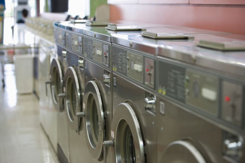 Coin & Service Laundry Tkg $8000+pw*St Kilda Area(1901151)