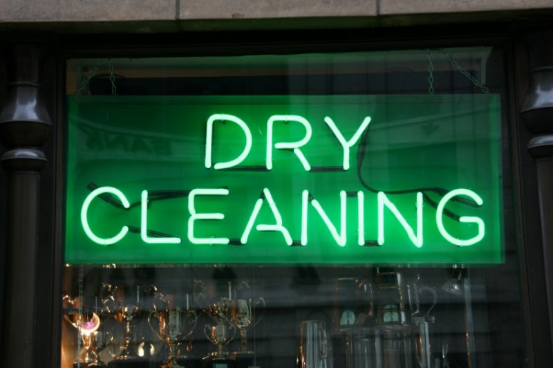 Dry Cleaners Tkg $16000 pw*South East*6 days*Estd over 16 years(1811091)