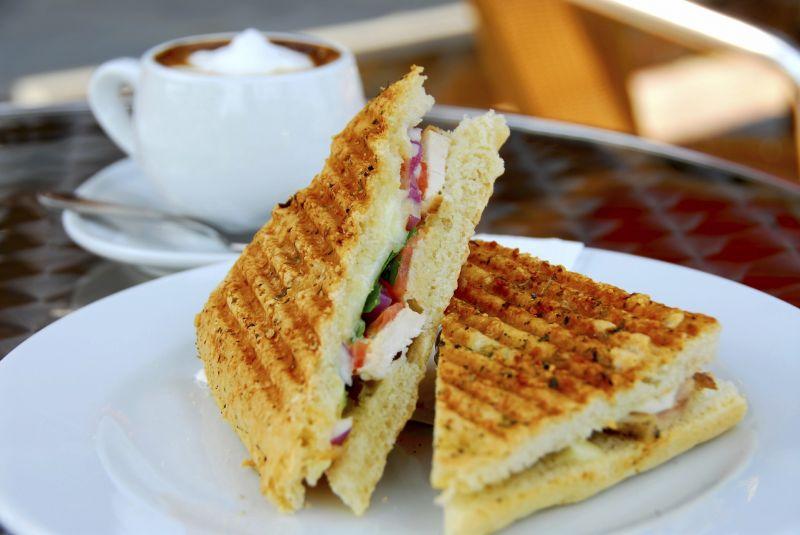 Cafe Tkg $8000pw*Balwyn area*Secure lease*Good Rent(1802083)