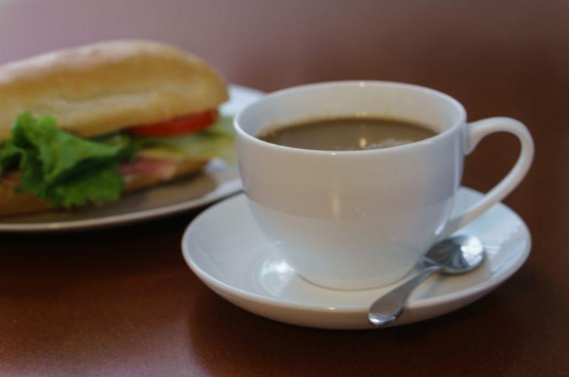 Cafe Tkg $6000+ pw*Collingwood*Cheap Rent*6 days*Bargain $150k(1805163)