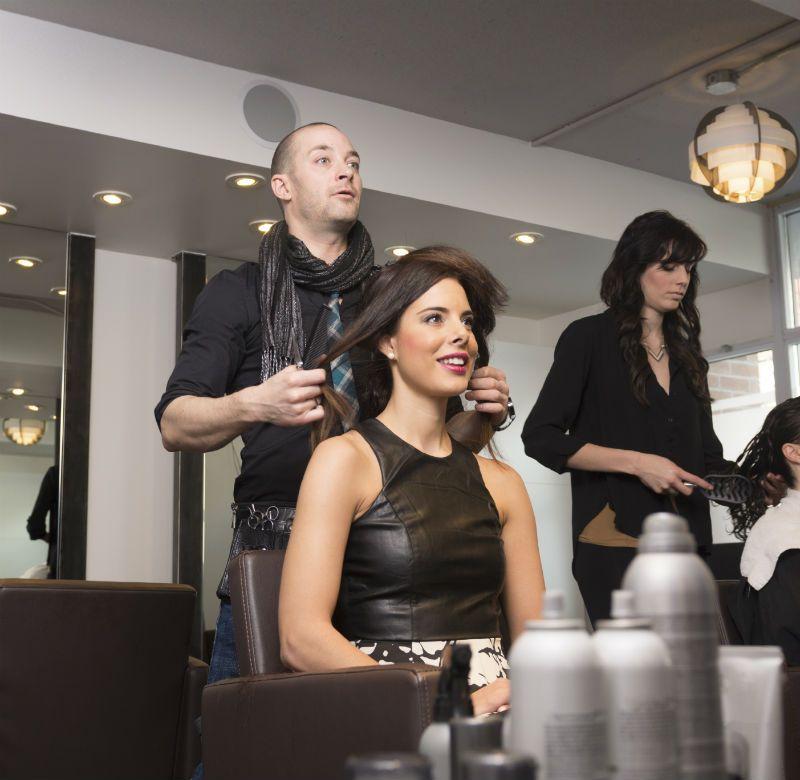 Hair Salon Tkg $4000+ pw*Doncaster*Cheap Rent*6 days*Bargain $80k(1806211)