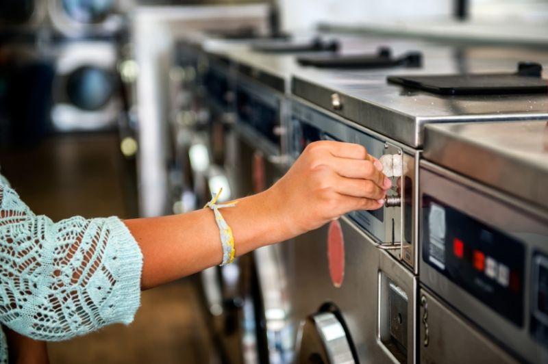 Coin Laundry Tkg $1400+ pw*Dandenong area * $138k(1805032)