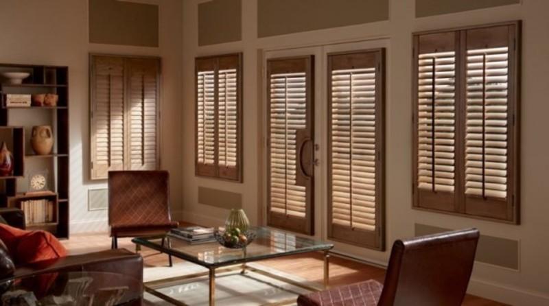 Manufacturer & Importer of Curtains & Blinds