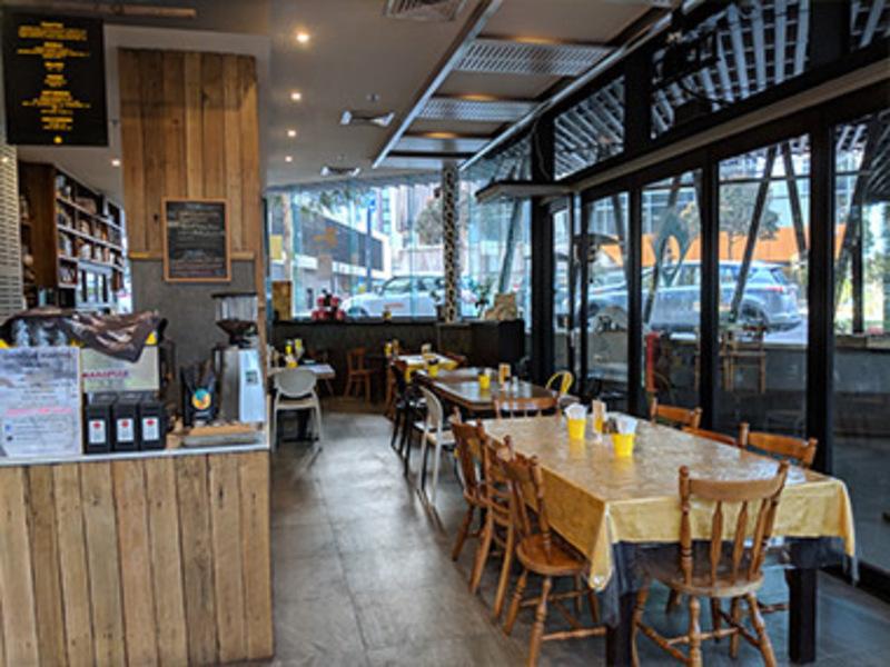 Cafe / Restaurant / Bar Opportunity