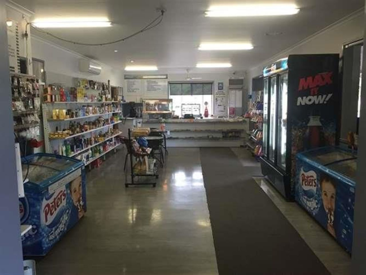 general-store-freehold-business-with-excellent-residence-3