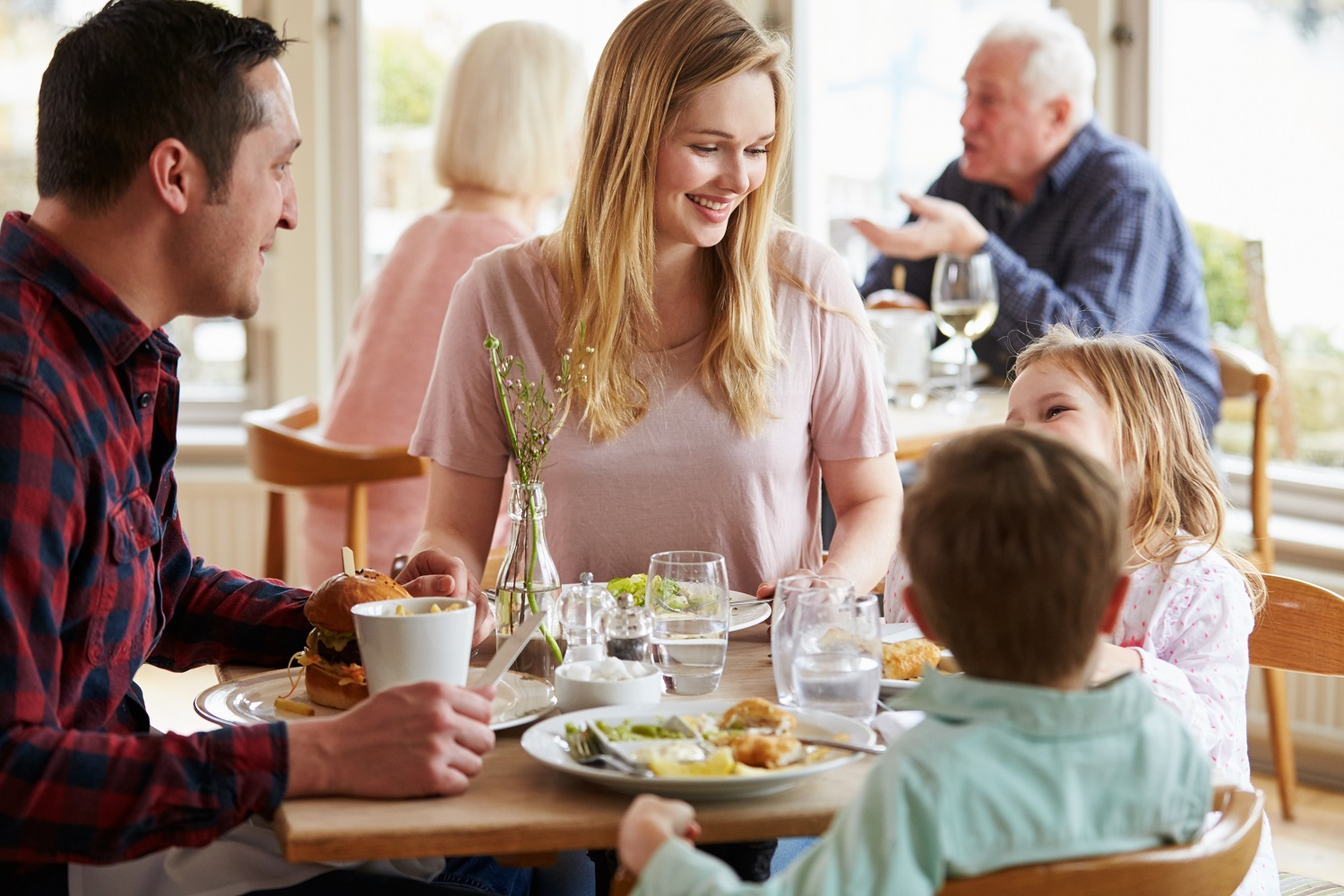Busy family restaurant for sale.