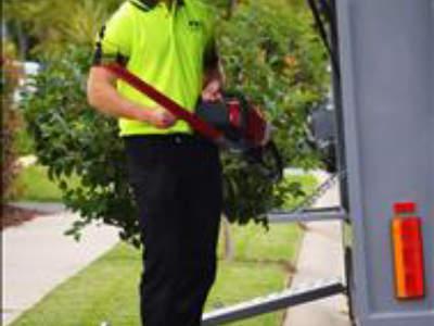 fox-mowing-gardening-larger-territories-bigger-opportunities-fairer-fees-3