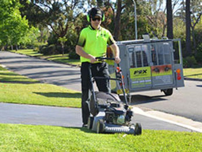 fox-mowing-gardening-larger-territories-bigger-opportunities-fairer-fees-4