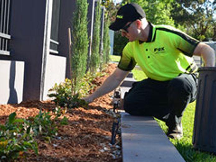 fox-mowing-gardening-larger-territories-bigger-opportunities-fairer-fees-7