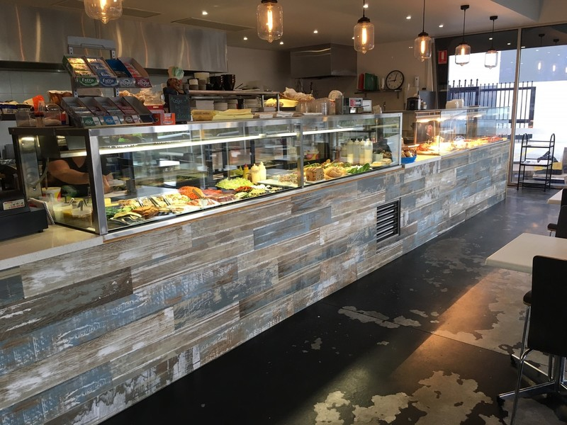 Stand Out Cafe and Sandwich Bar in Tullamarine Area! (Our Ref V1373)