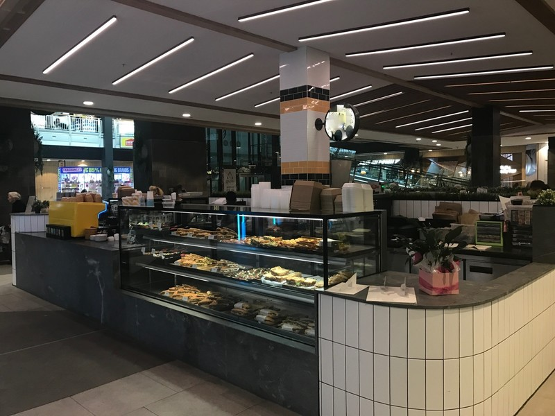 Fantastic Cafe franchise in Greensborough Plaza! (Our Ref V1120)