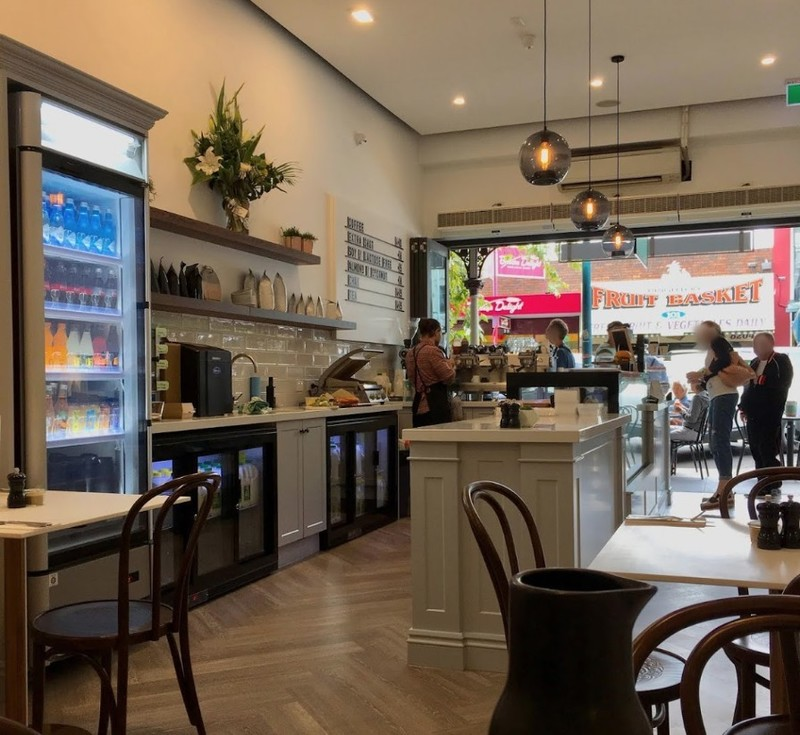 blue-chip-brighton-cafe-taking-13-000-per-week-our-ref-v1395-2