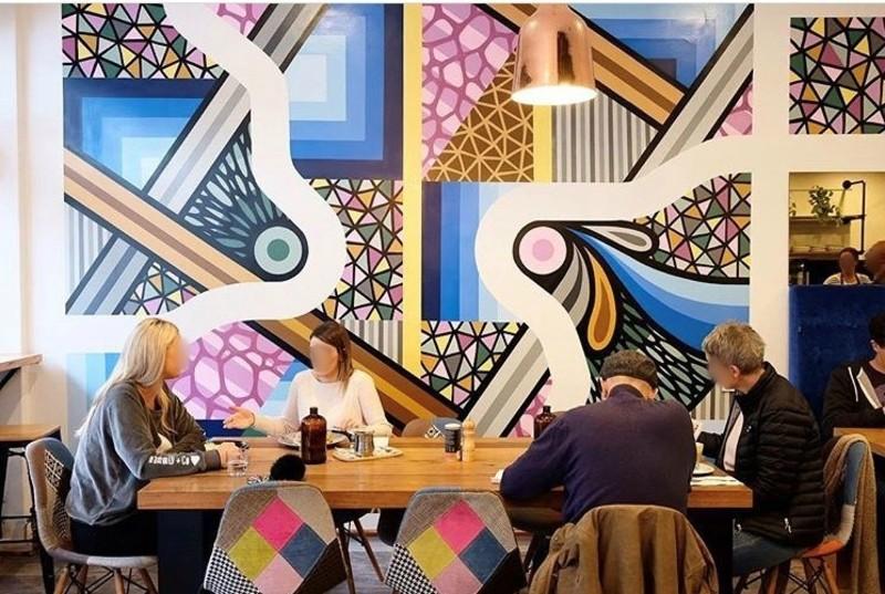 Cafe In Rosanna! (Our Ref V1371)