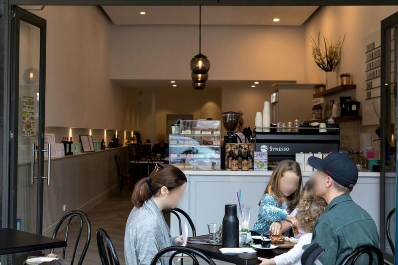 blue-chip-brighton-cafe-taking-13-000-per-week-our-ref-v1395-1