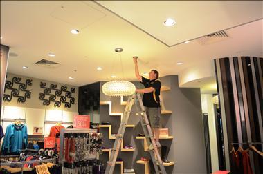 vip-lighting-canberra-act-retail-maintenance-globe-electrical-esm-4