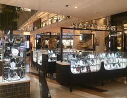 SILVER DREAMS - JEWELLERY KIOSK - PRIME LOCATION IN CHADSTONE SHOPPING CENTRE