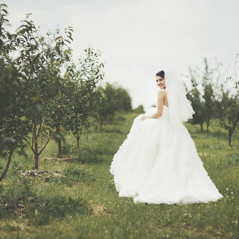 successful-wedding-shop-selling-bridal-formal-sunshine-coast-queensland-2
