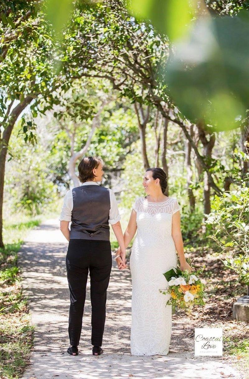 successful-wedding-shop-selling-bridal-formal-sunshine-coast-queensland-5