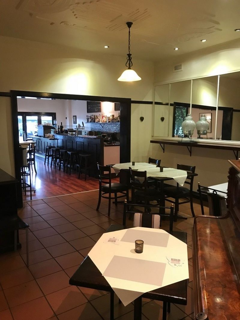 Cafe, Wine bar in great location. Vendor must sell.