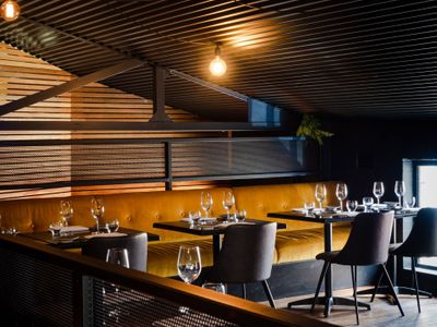 hatted-bar-restaurant-with-profits-amp-lifestyle-7