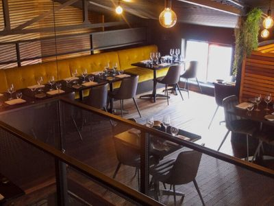 hatted-bar-restaurant-with-profits-amp-lifestyle-4