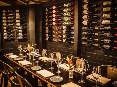 hatted-bar-restaurant-with-profits-amp-lifestyle-2