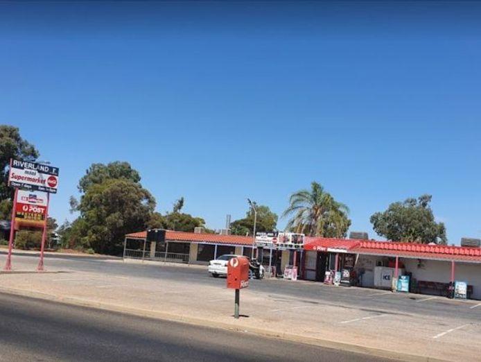 riverland-mini-supermarket-with-australia-post-and-sa-lottery-1
