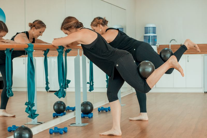 SEA CHANGE CALLING? LOVE BARRE, PILATES & FITNESS?